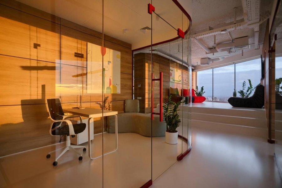 Sky Floor – офис с высоким стандартом технико-визуальной эстетики, Украина