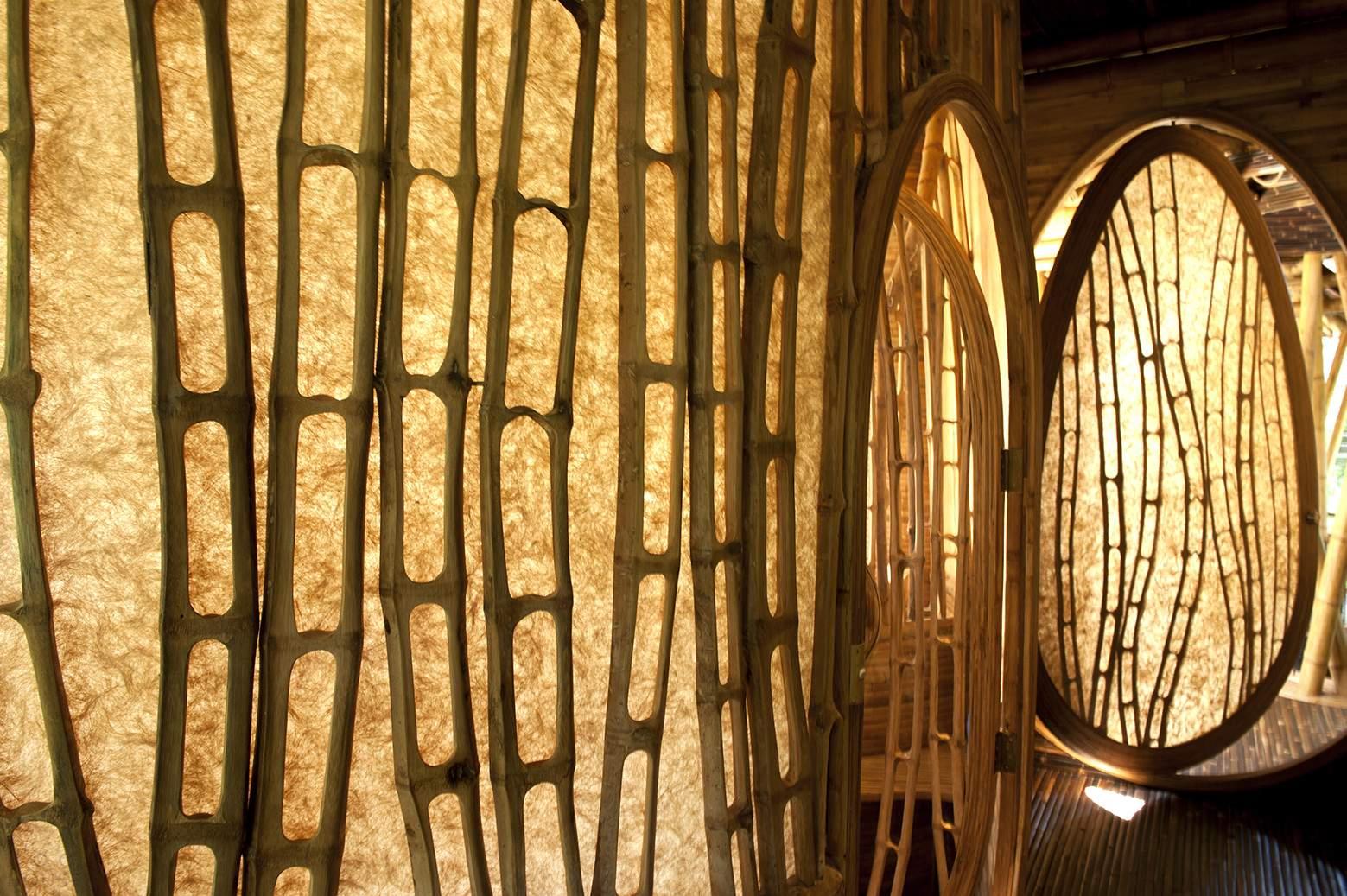 Бамбуковый дворец в Индонезии