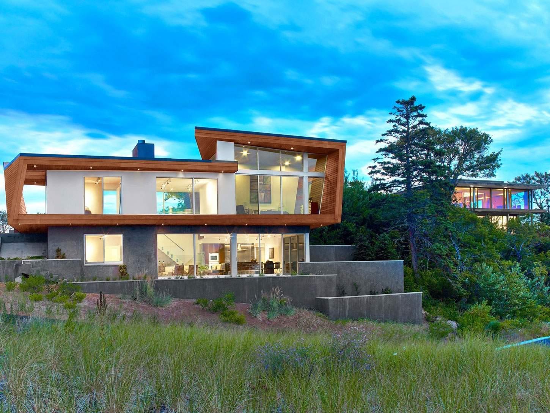 Летний дом в стиле модерн на полуострове Кейп-Код в США