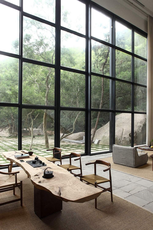 Роскошный дом с природным интерьером в Китае