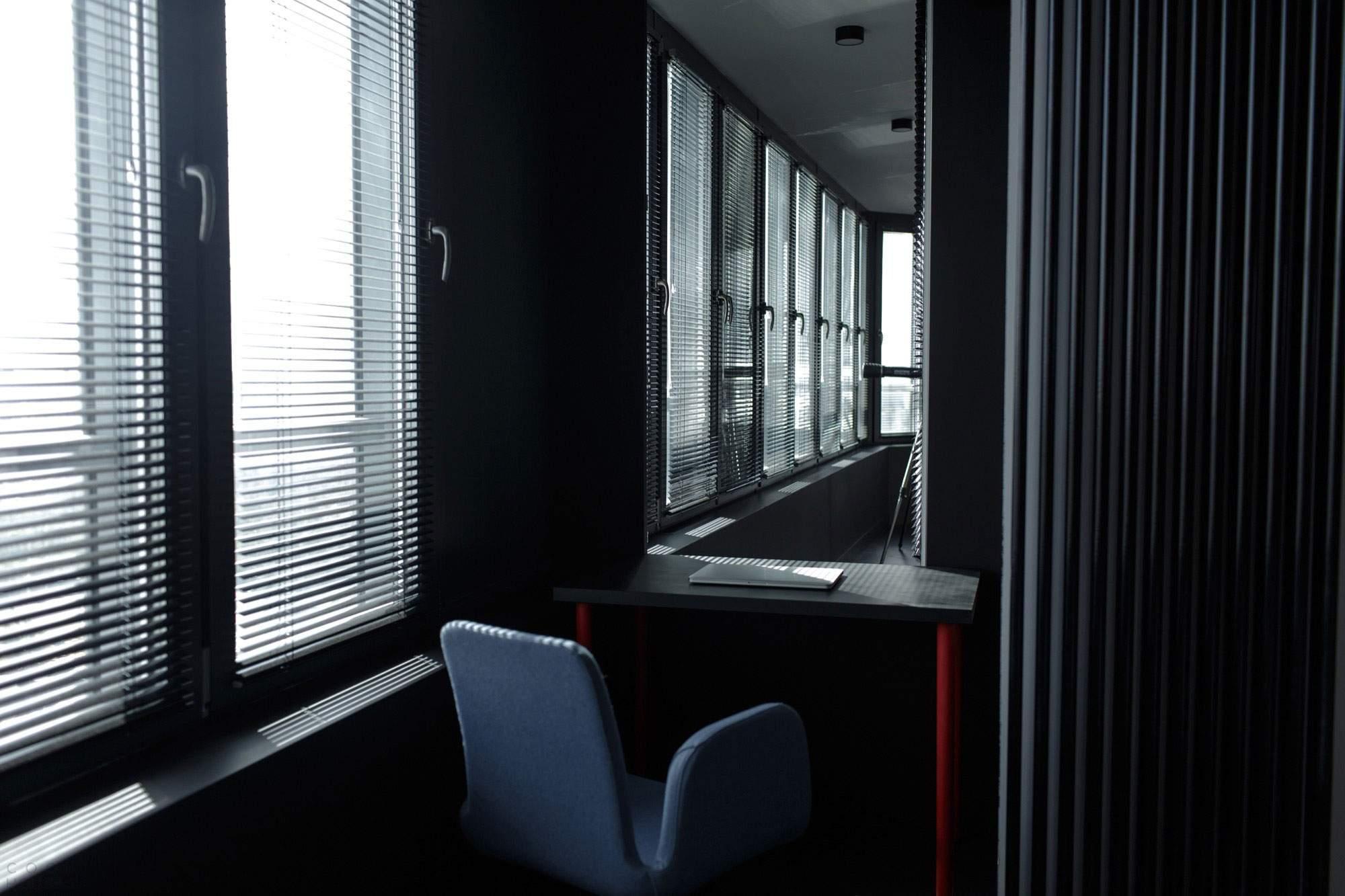 Современная квартира с дизайном в стиле Urban в Москве