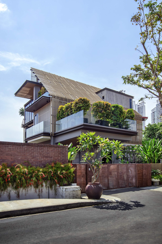 Дом для большой семьи в Сингапуре