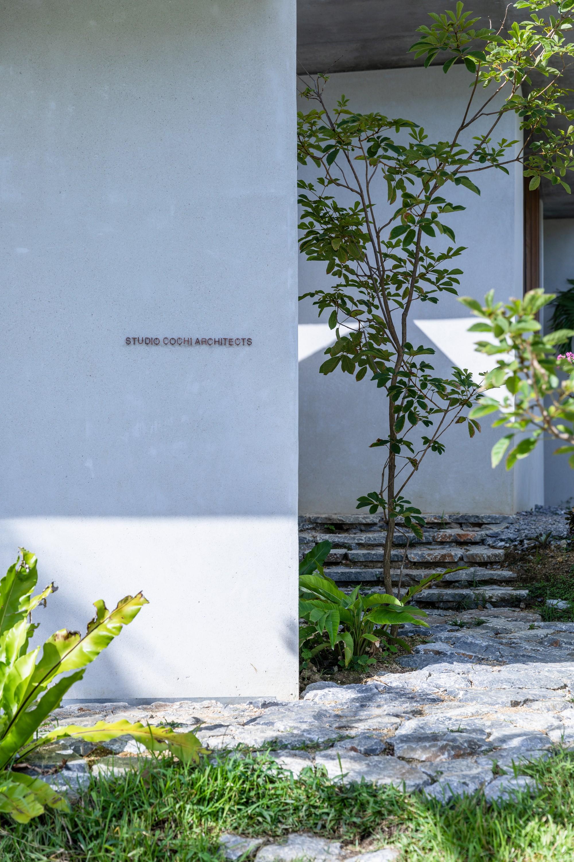 Бетонный дом с последовательными пространствами, Япония