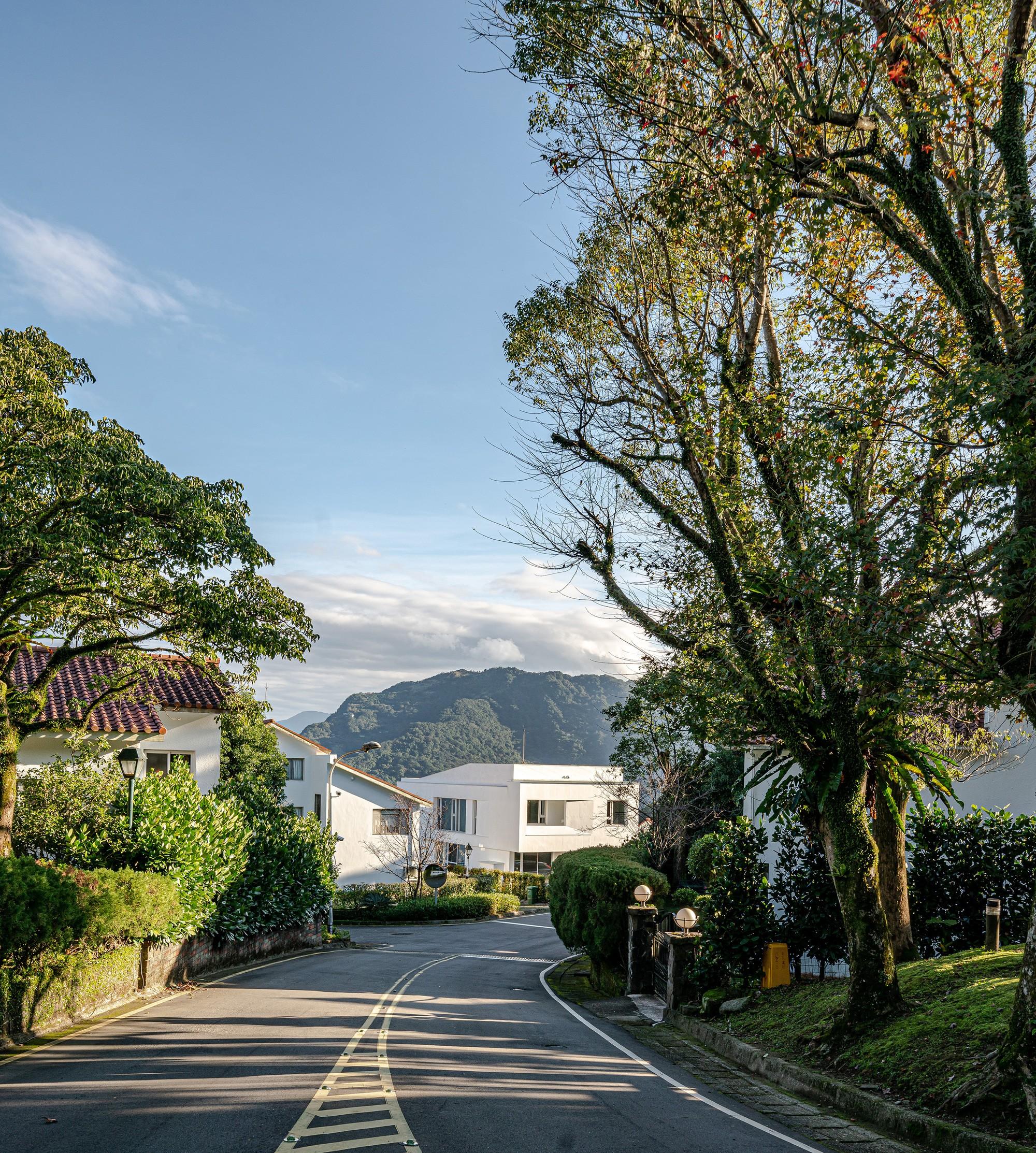Вилла с роскошным дизайном, вдохновленным горными пейзажами, Тайвань