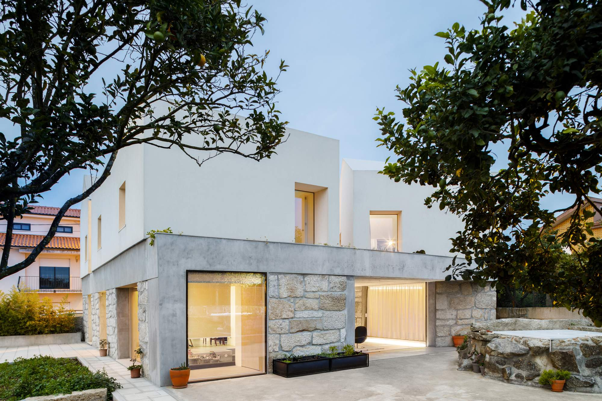 Превращение старого фермерского дома в современную резиденцию, Португалия