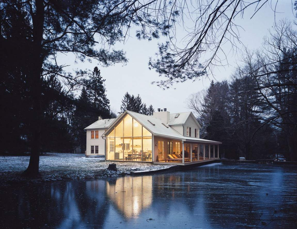 Плавающий Фермерский домик на воде в стиле шебби-шик в США