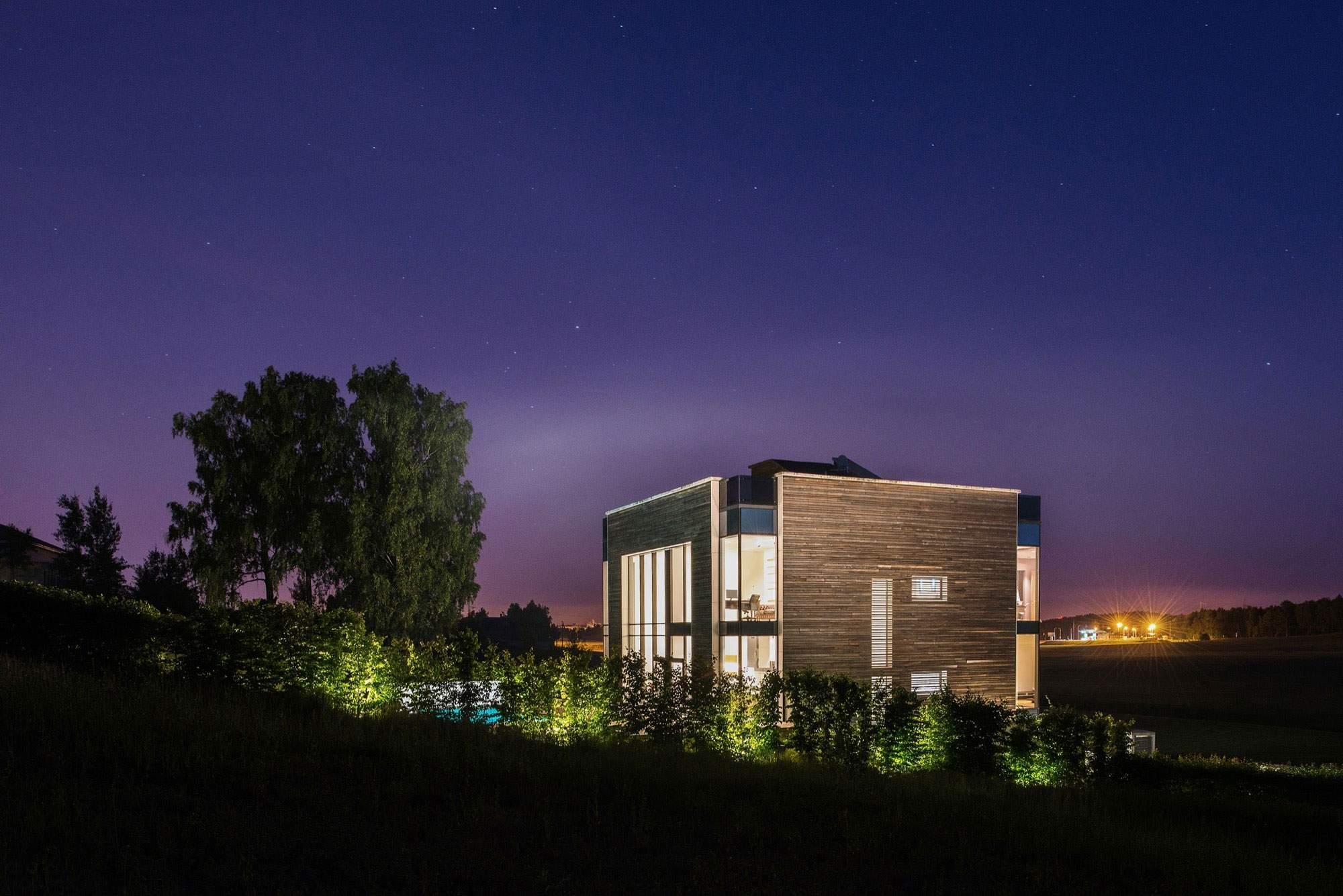 Ультрасовременный дом в стиле функционального минимализма в Белоруссии