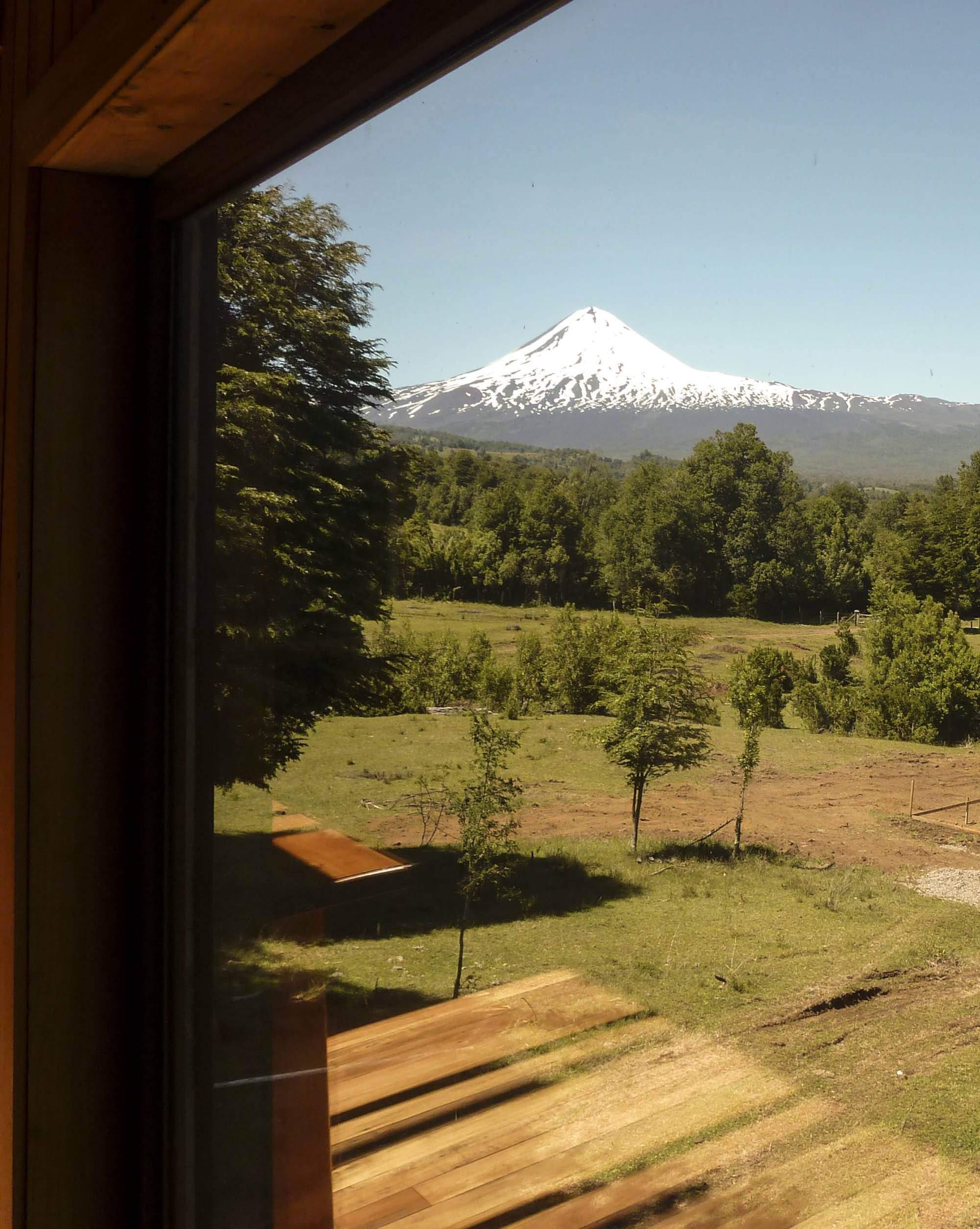 Дом для отдыха с видом на вулкан в Чили