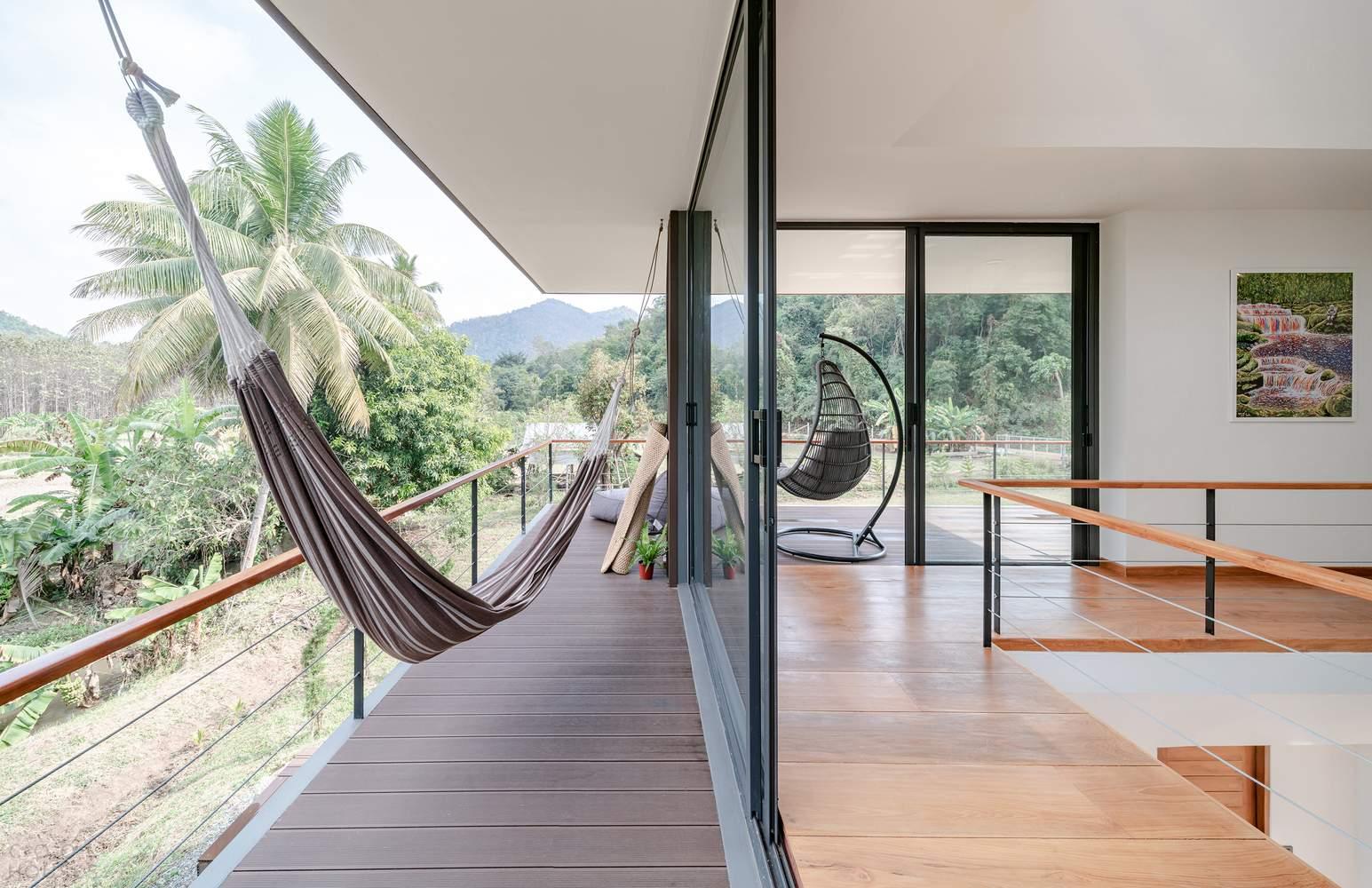 Энергосберегающий дом со скульптурной формой, Таиланд