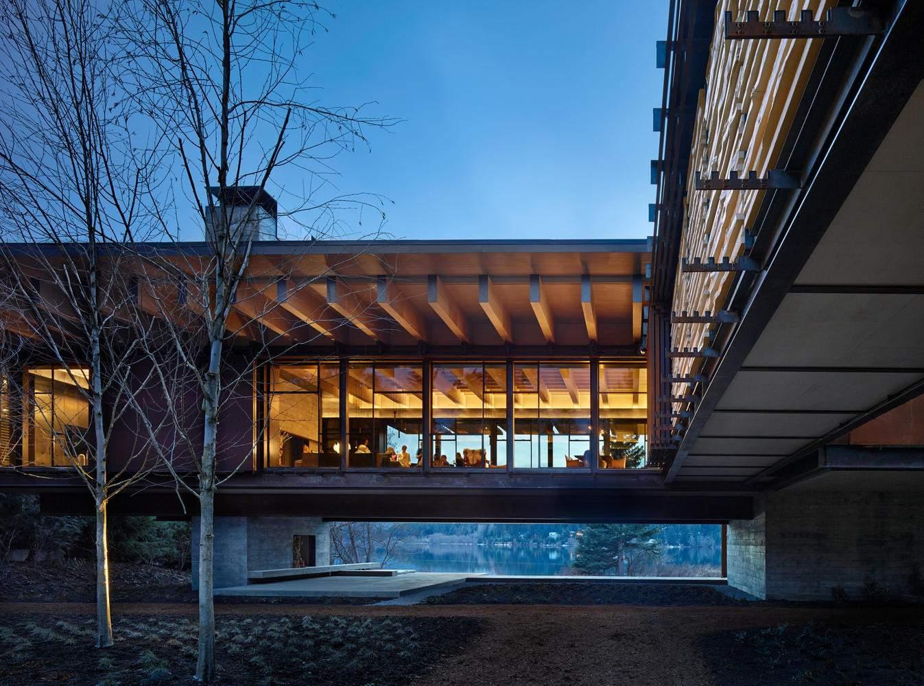 Семейная резиденция «Лыжный Дом Уистлер», Канада