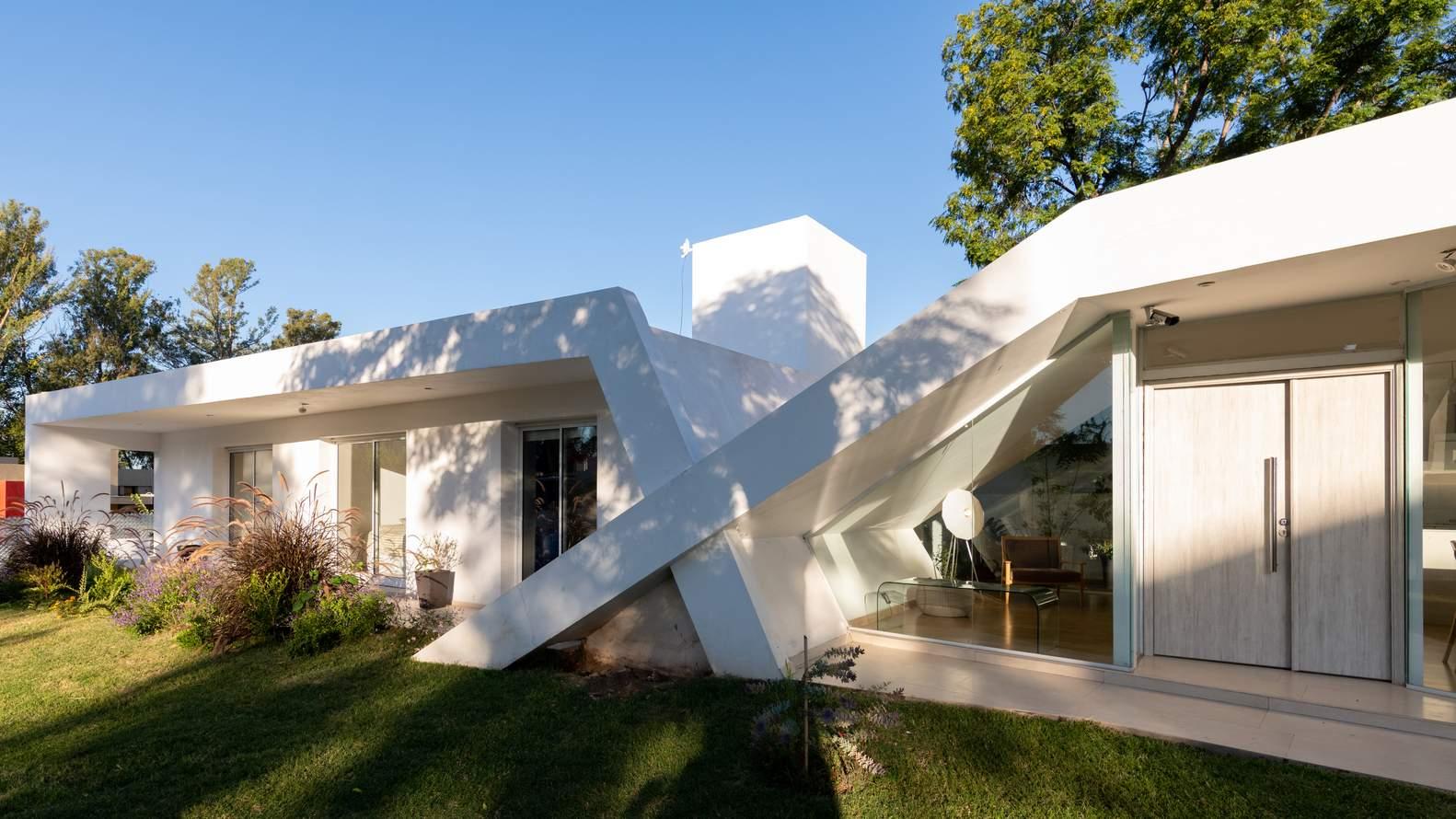 Семейный «Дом X», Аргентина