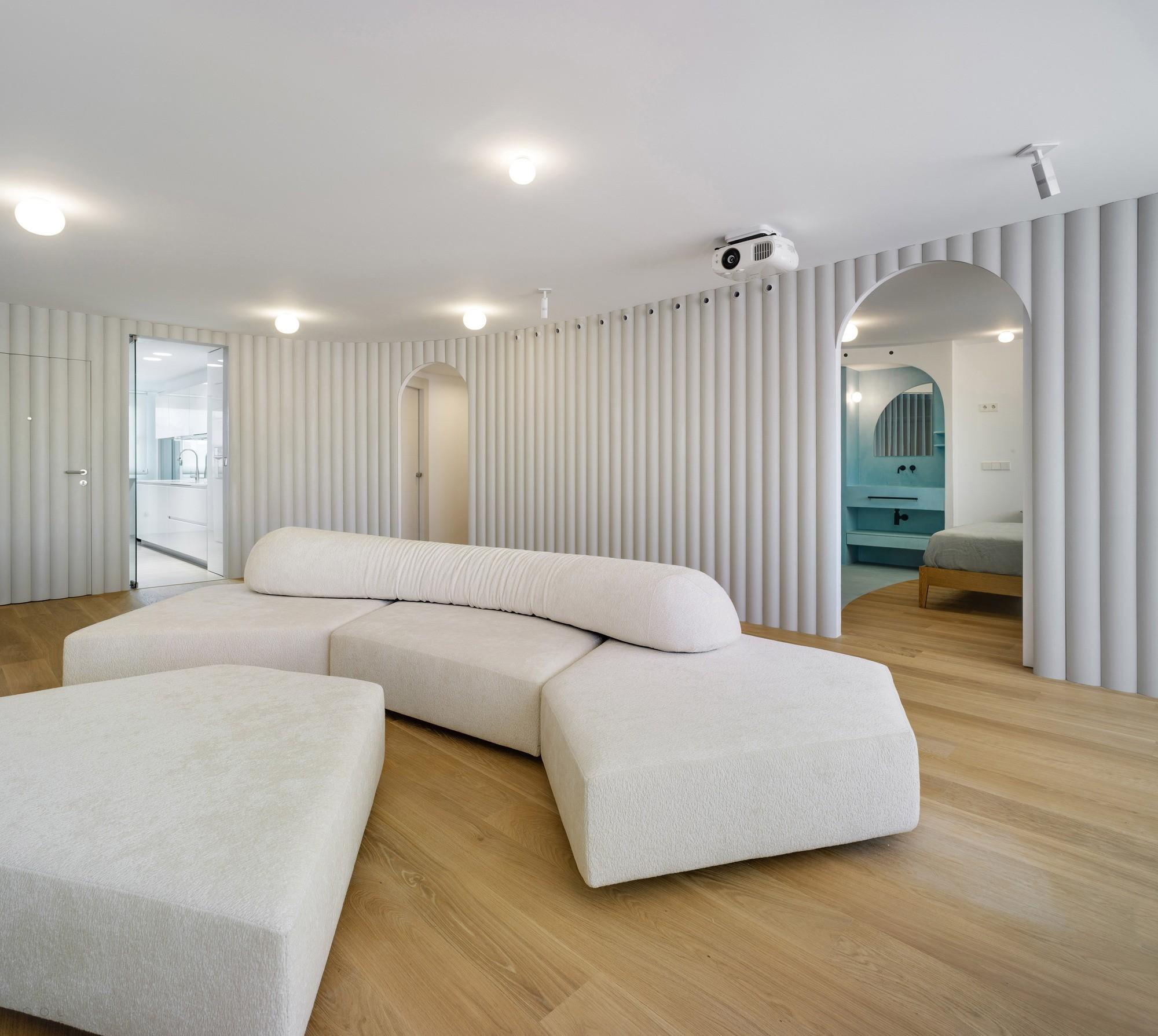 Современные апартаменты с эстетически привлекательным и функциональным интерьером