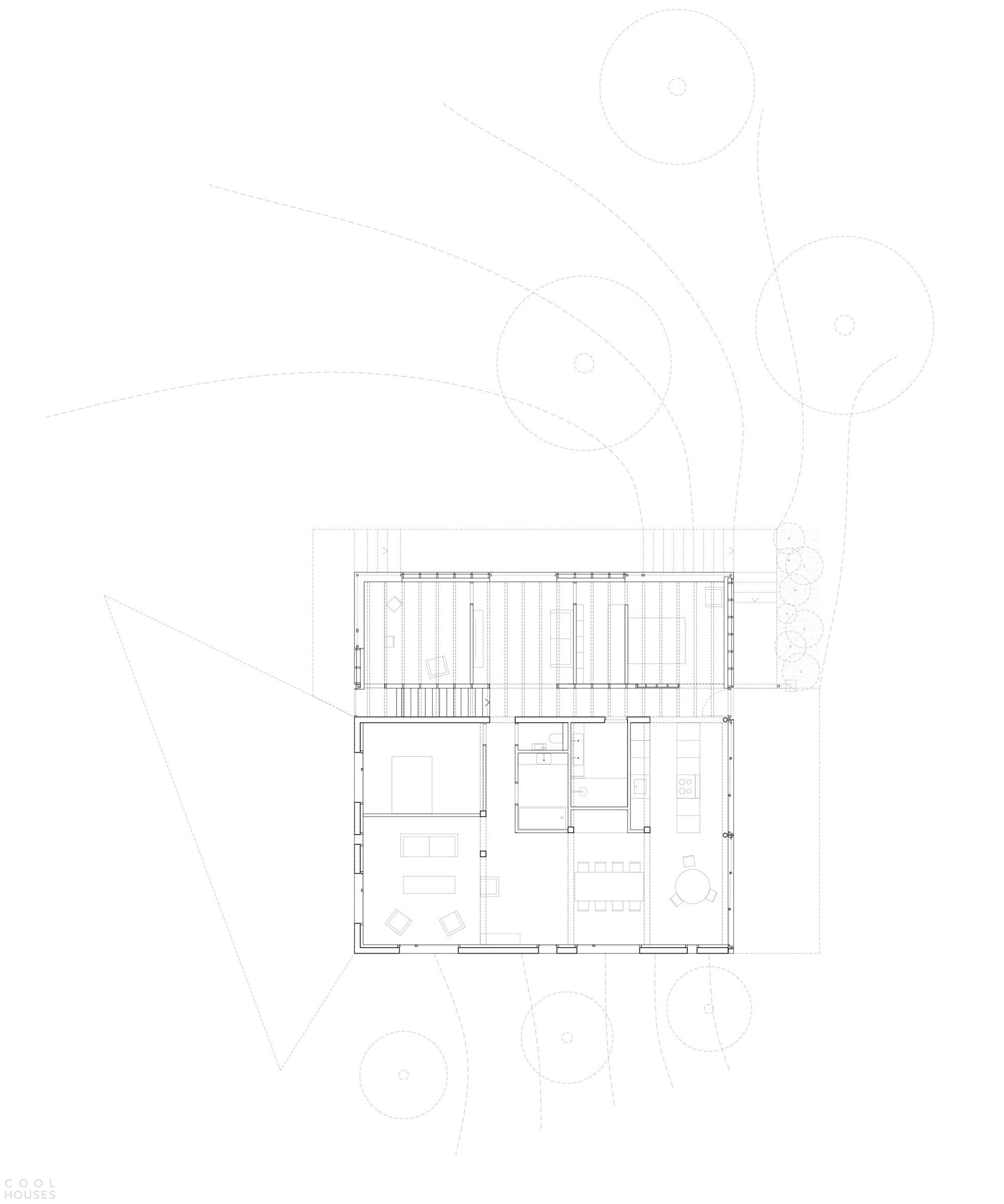 Реконструкция небольшого частного дома на неровном участке