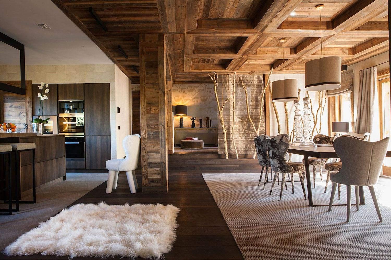 Шале с креативным интерьером в Альпийских горах Франции