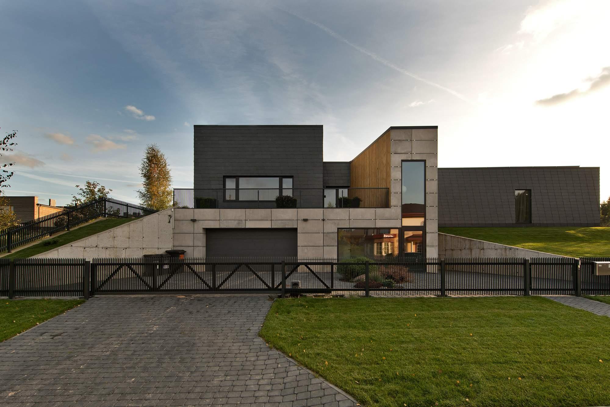Черный дом в Вильнюсе, Литва