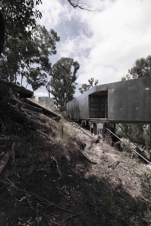 Дом из контейнеров на Великой океанской дороге, Австралия