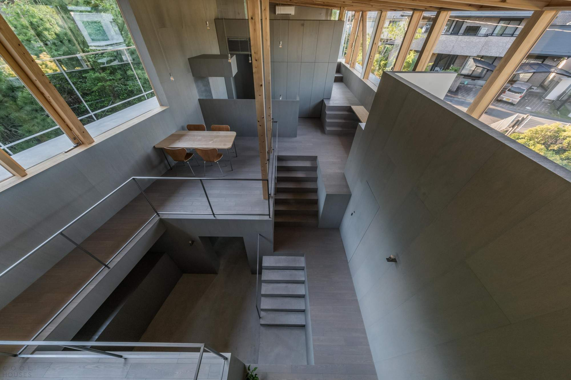 Резиденция у подножия горы в Японии