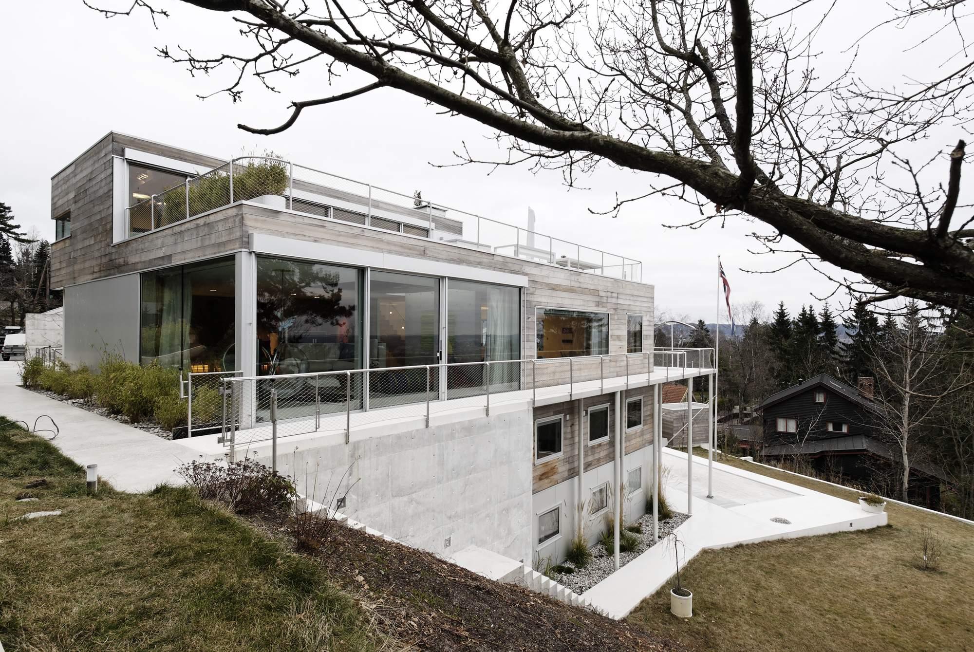 Реконструированная многоуровневая семейная вилла в Осло, Норвегия