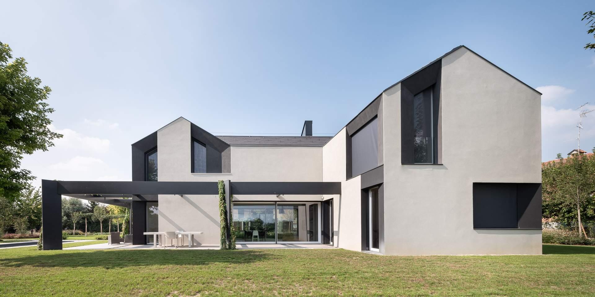 Семейный загородный дом HHCR, Италия