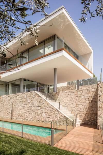 Средиземноморская семейная резиденция, Испания