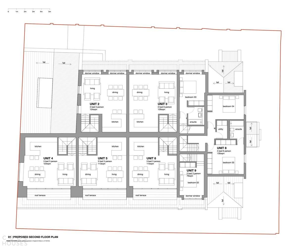Преобразование старинного здания школы в элитный жилой комплекс, Англия