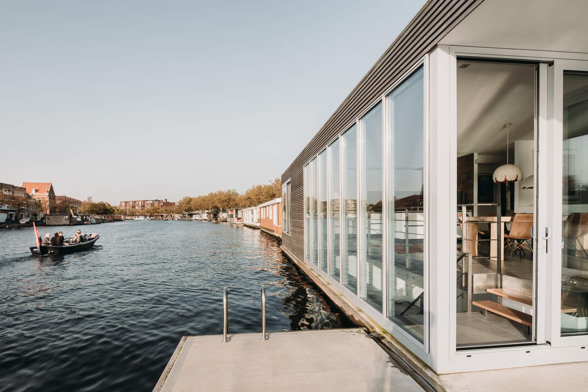 Плавающая вилла, Нидерланды