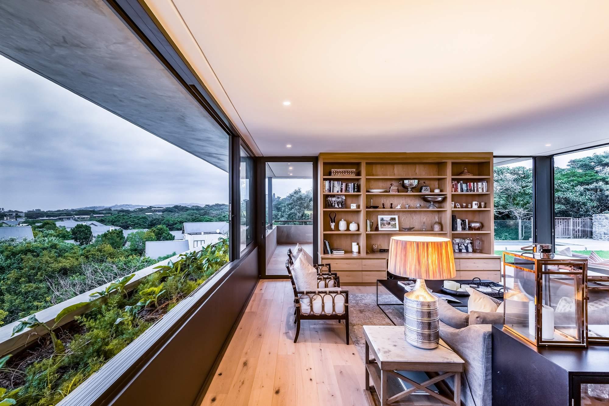 Дом, «плавающий над деревьями», Южно-Африканская Республика
