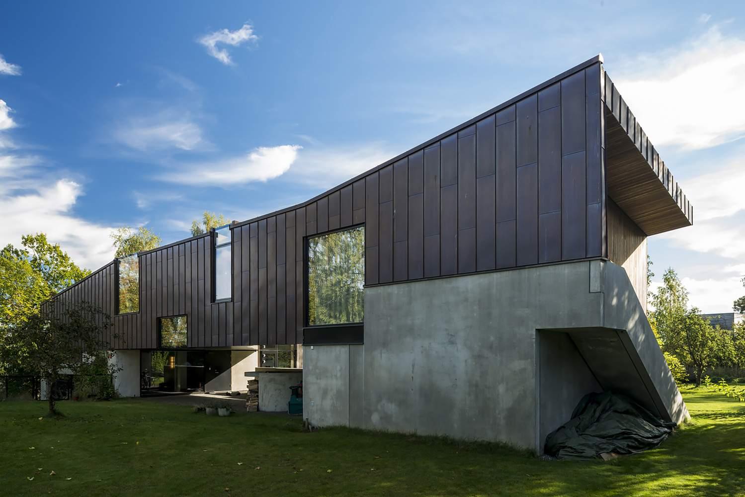 Семейный дом с оригинальным дизайном от Lie Oyen arkitekter, Норвегия