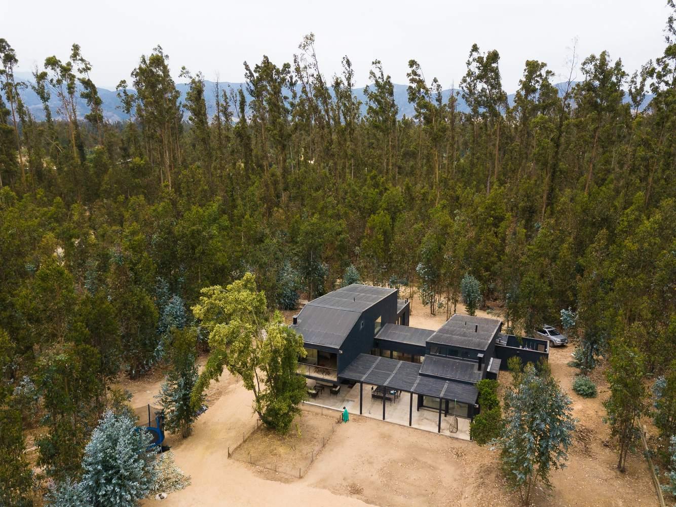 Семейный загородный дом в сельской местности, Чили
