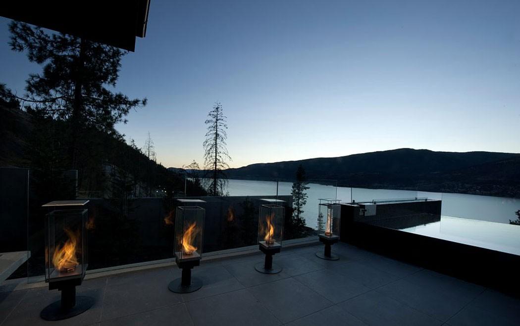 Современная вилла на берегу озера Оканаган, Канада
