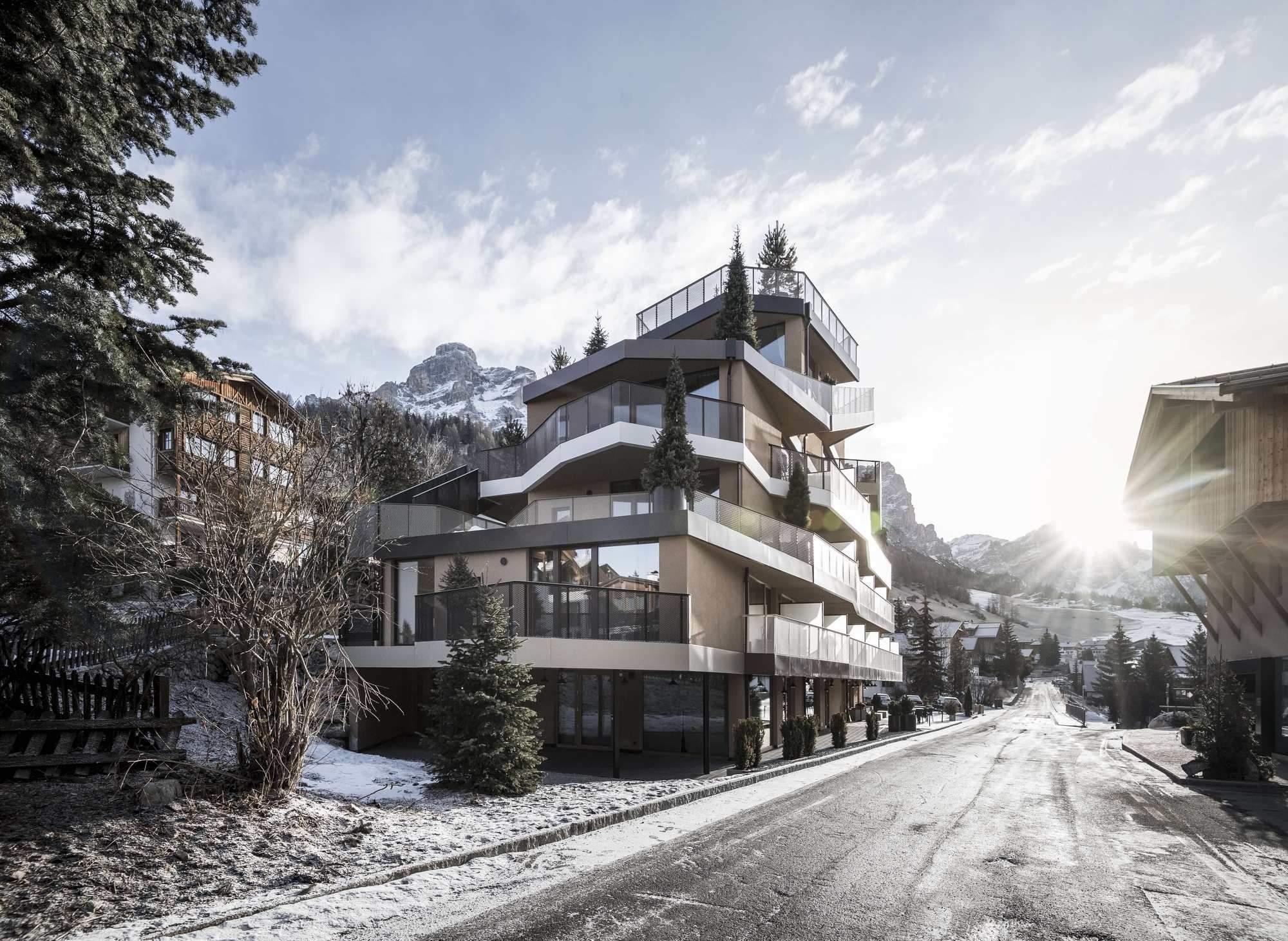 Отель Tofana в Восточных Альпах Италии