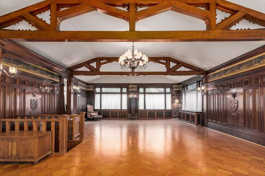 Роскошный особняк за .5 млн. в Канаде