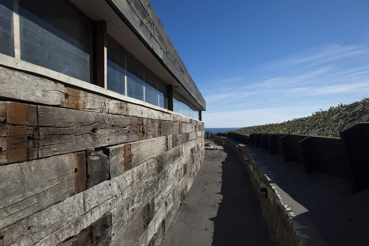Дом Ортуэта на берегу океана, Чили