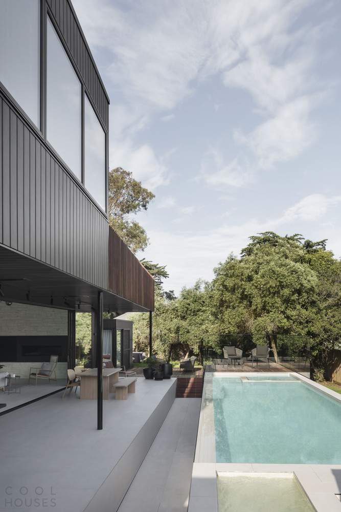 Реконструкция семейного дома на юго-западном побережье Австралии