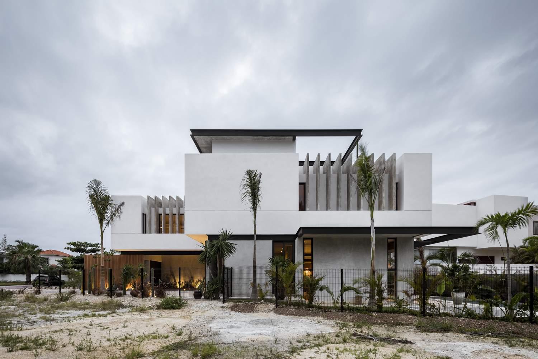 «Романтический дом» в полированном бетоне, Мексика