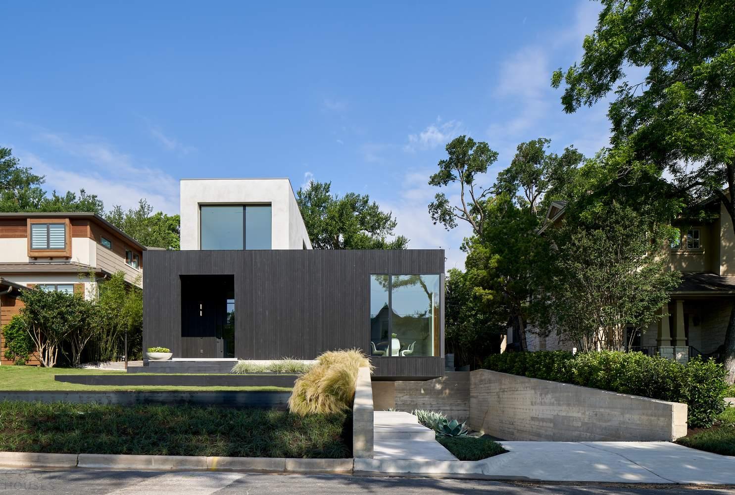 Семейный дом Скайбокс с эффектными угловыми окнами, США