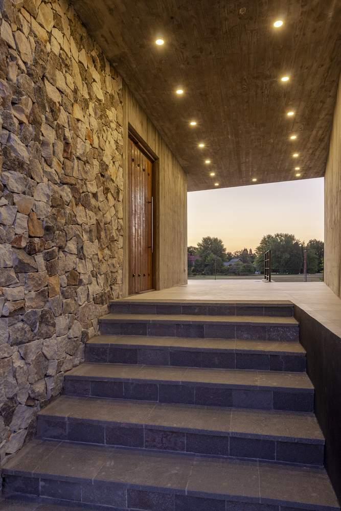 Современный дом с видом на поле для гольфа, Аргентина