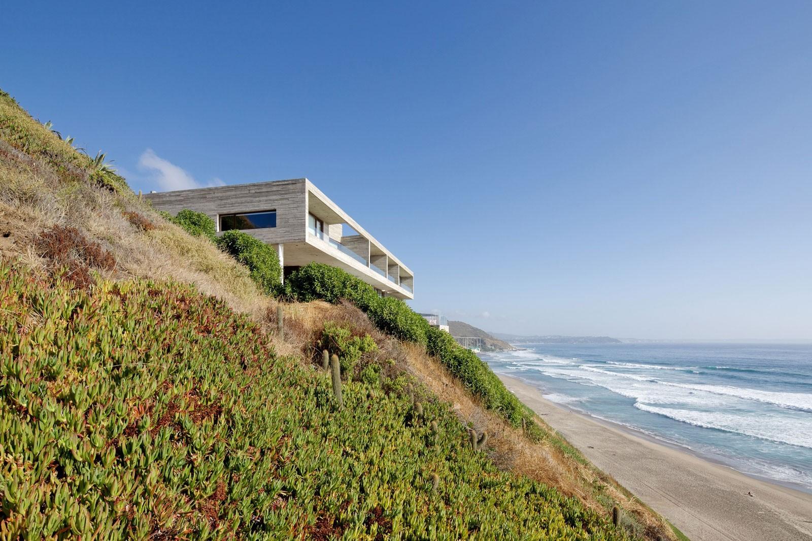Роскошный загородный дом с видом на океан в Чили