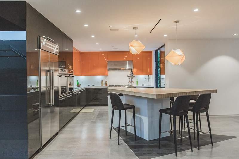 Современный дом в стиле супрематизма в Лос-Анджелесе, США