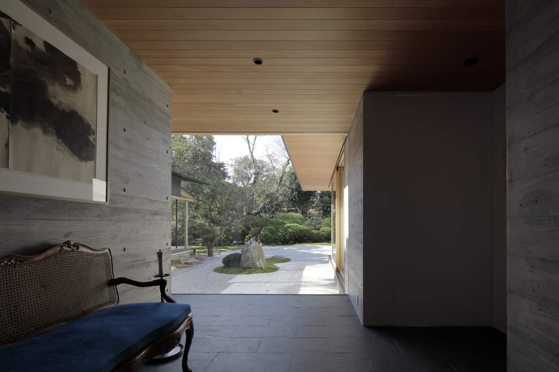 Дом, сочетающий современный и традиционный японский дизайн, Япония