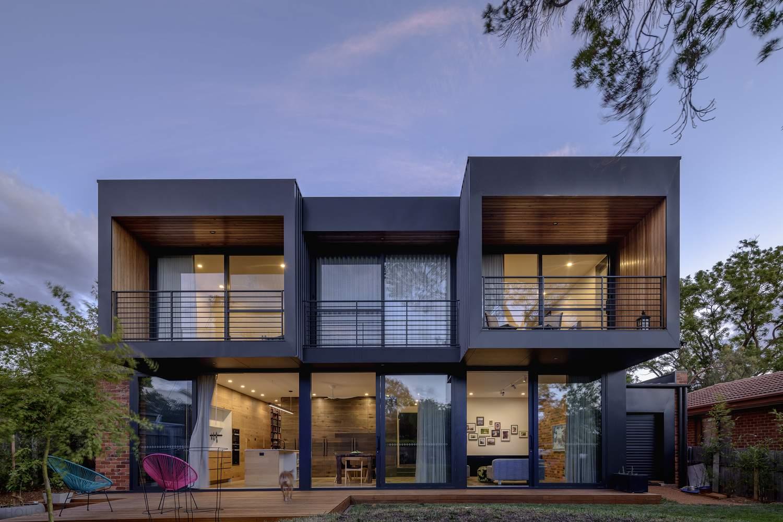 Современный дом с красивым дизайном и легкой игривостью, Австралия