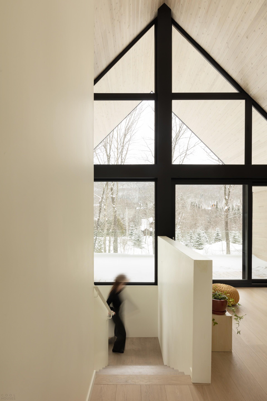Реконструкция лыжного шале в современную семейную резиденцию