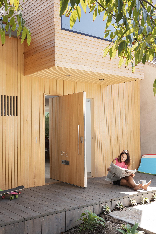 Современная пляжная резиденция с эстетикой Морского Ранчо
