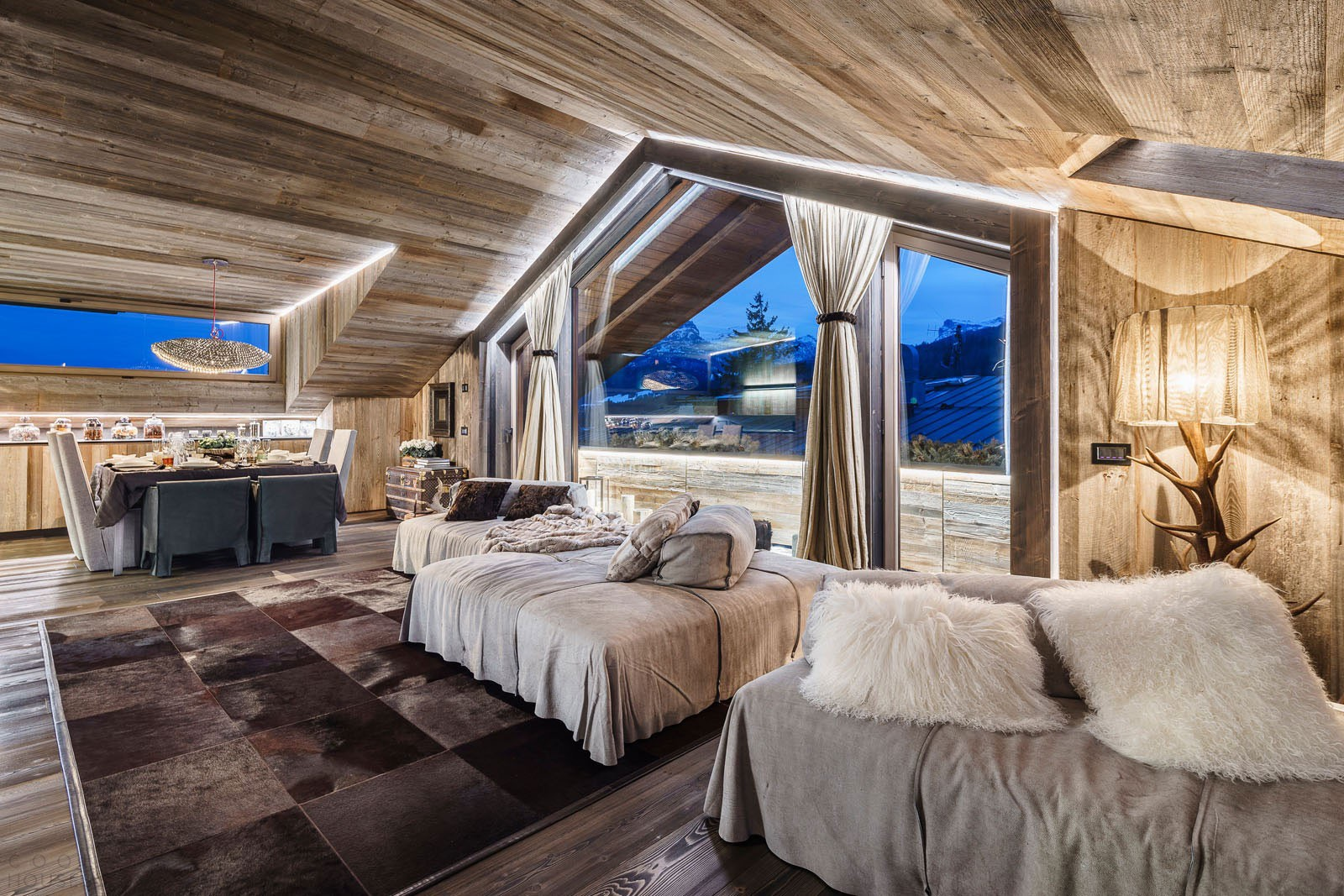 Интерьер дома в стиле шале