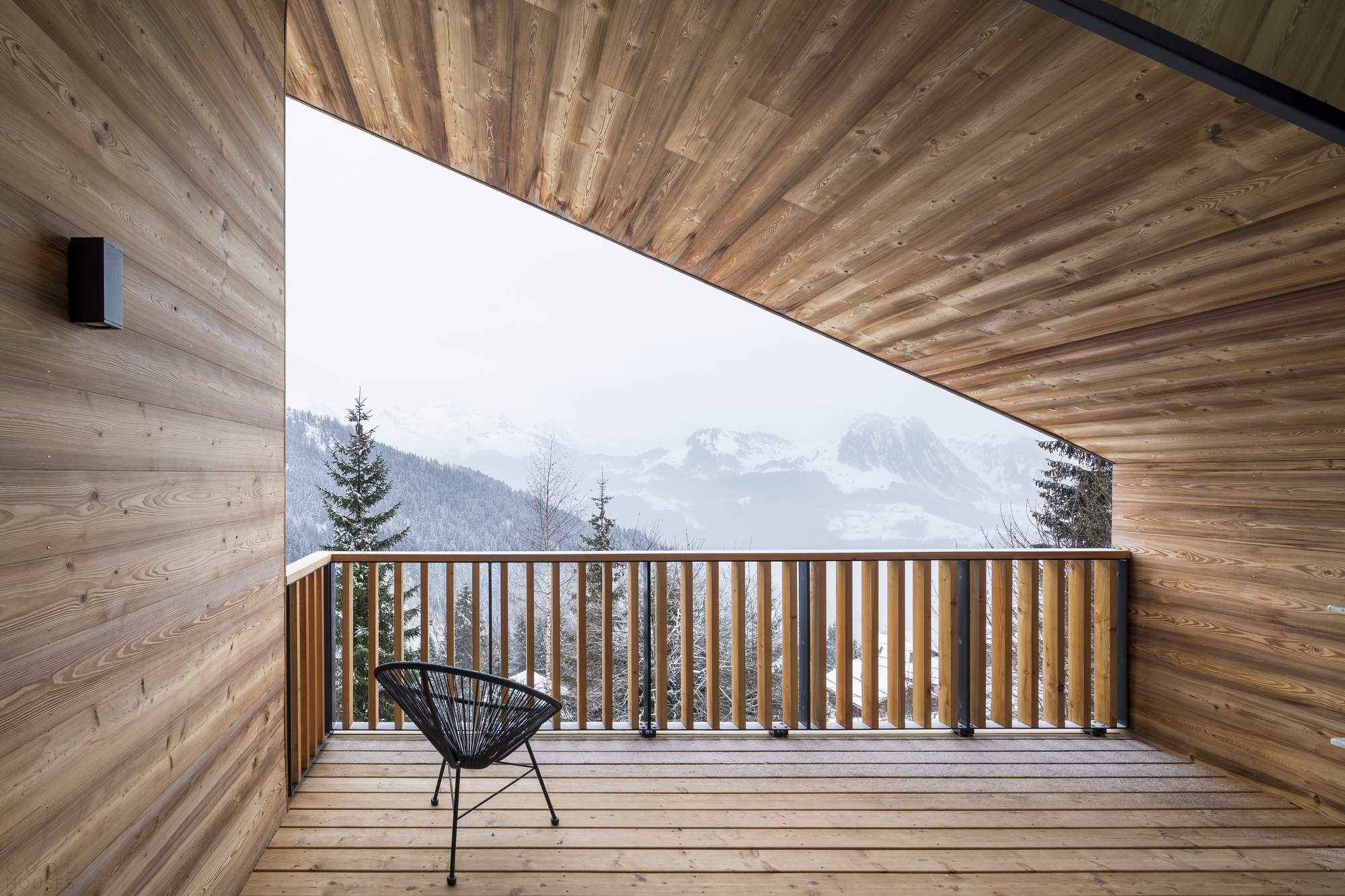 Шале в Альпах восточной Франции