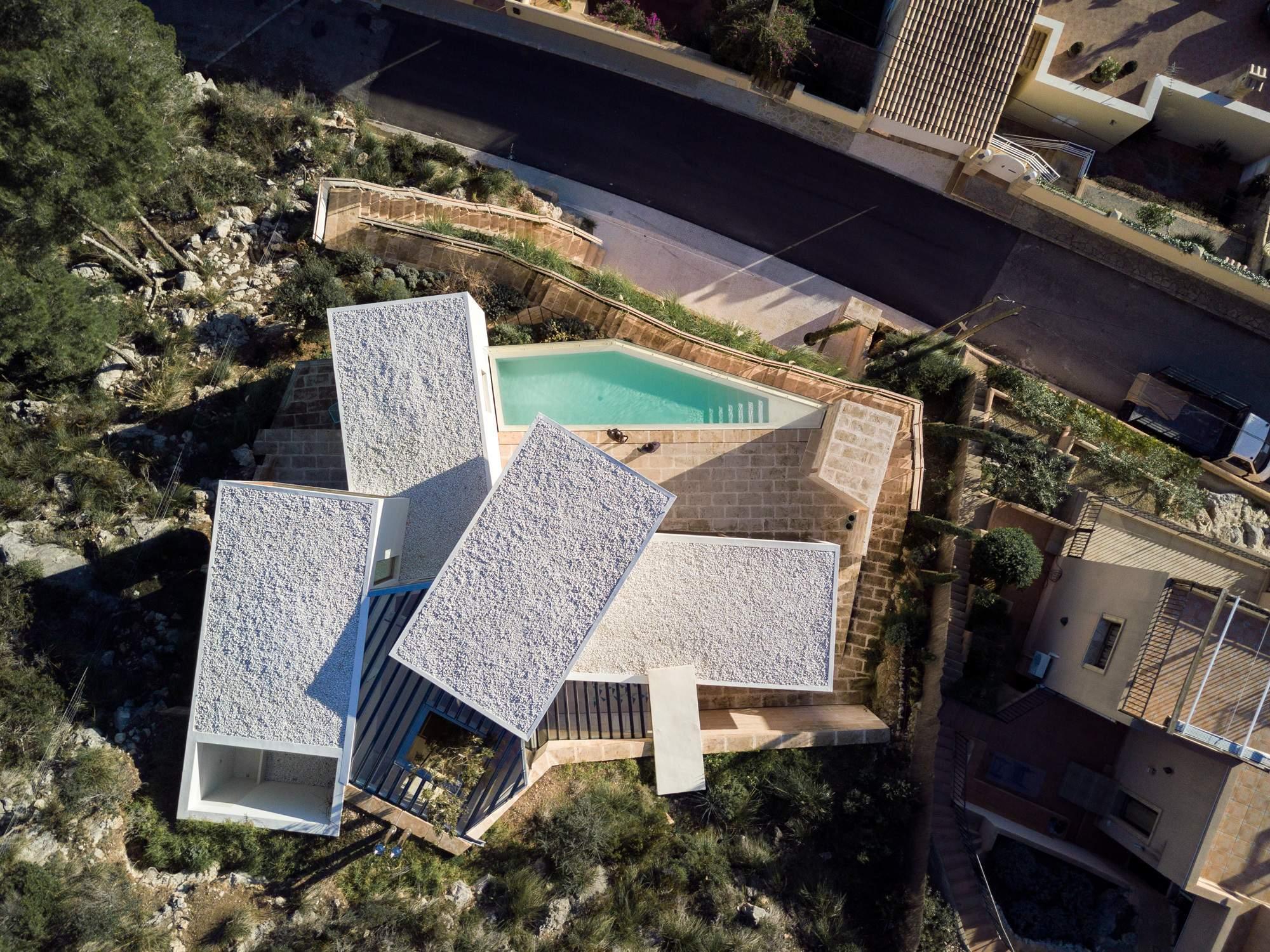 Прибрежная вилла в стиле модерн, Испания