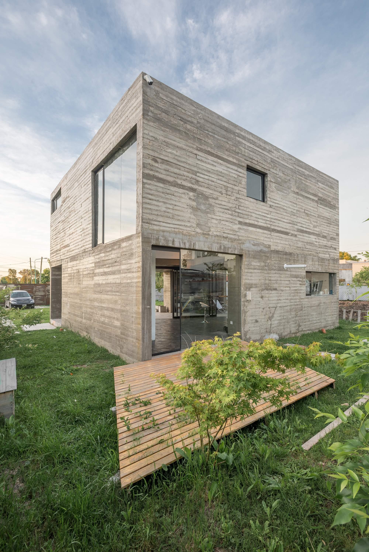 Бетонный дом-куб, Аргентина