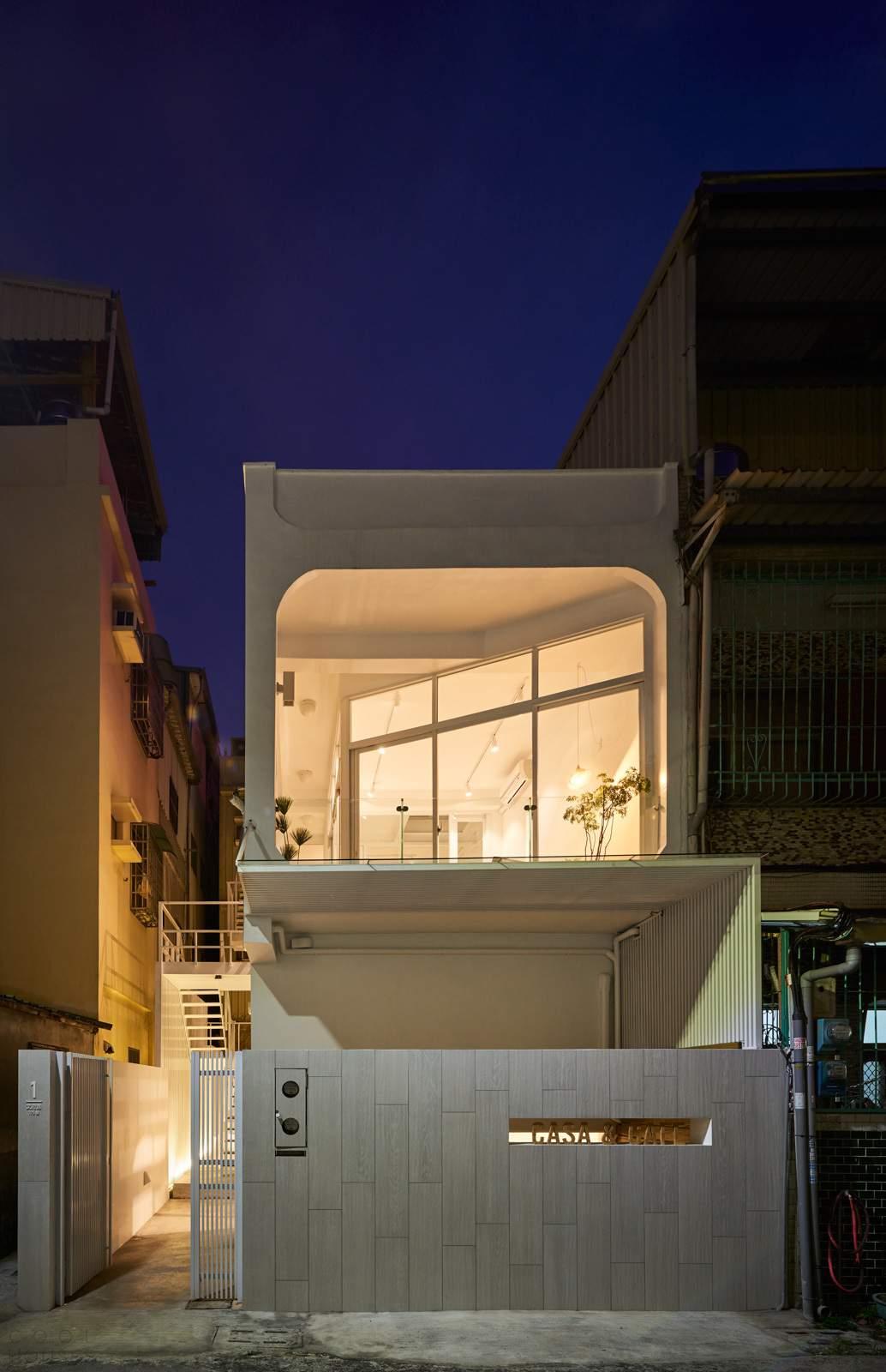 Реконструкция старого пентхауса в многоцелевое пространство, Тайвань