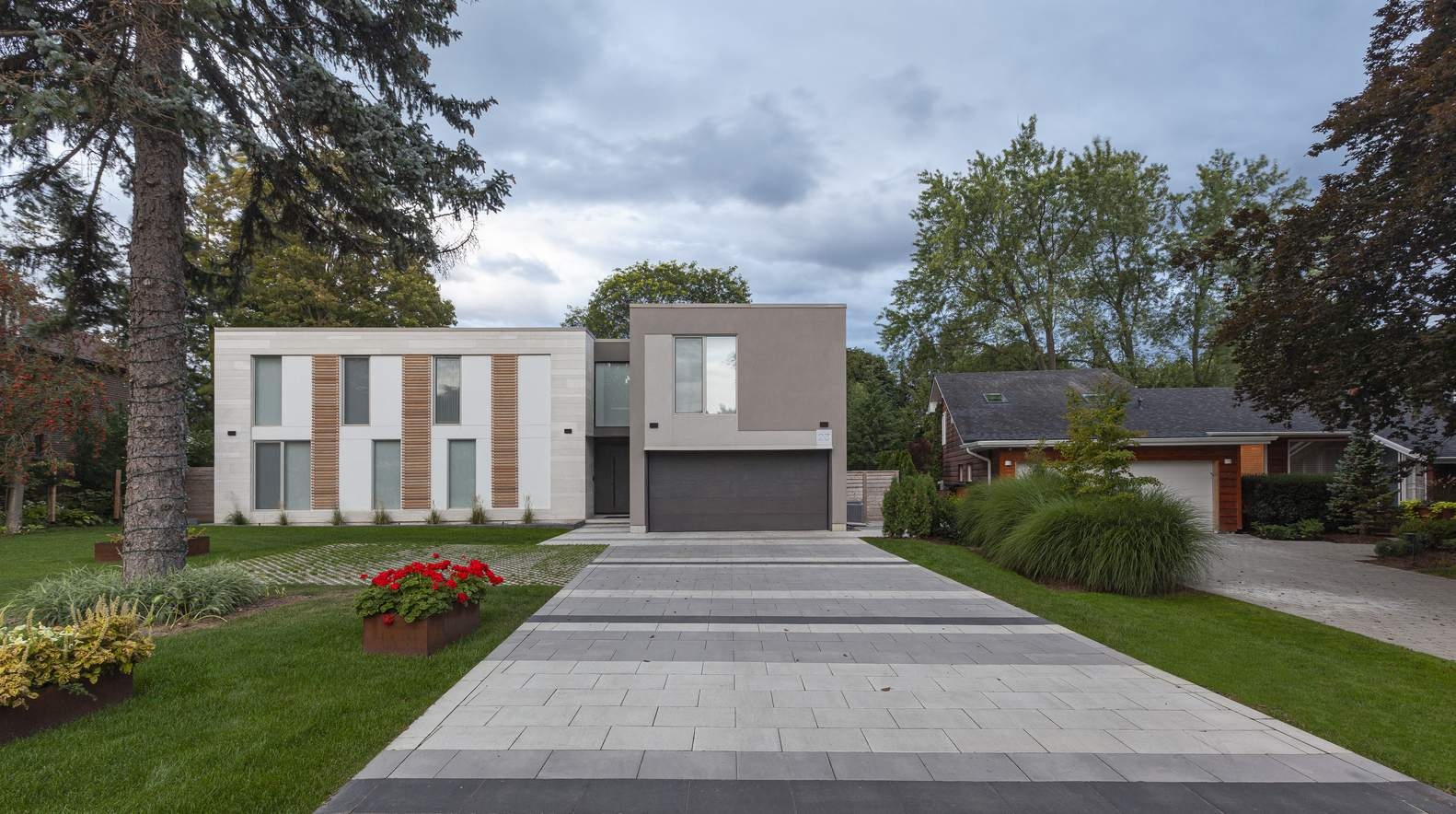 Семейный дом с четкой организацией пространства, Канада