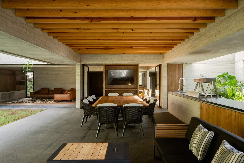 Уникальный дом-пропеллер в жилом загородном клубе, Мексика